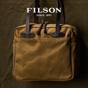 Filson NWT tote bag with zipper tan